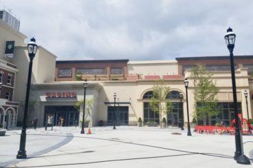 Resorts, Casinos & Theme Parks